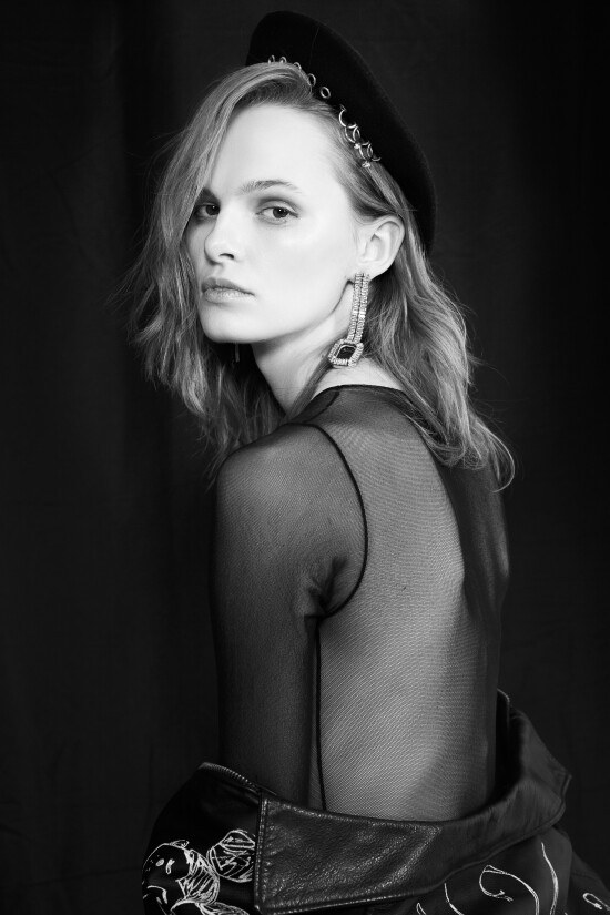 Our gorgeous Marianna @marianna_yaremchuk_ by @ursu_photographer