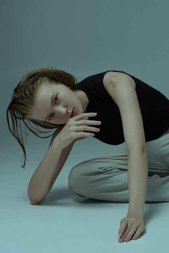 Sonya @sunflower.u looks gorgeous in her new shooting by @katyabadovska