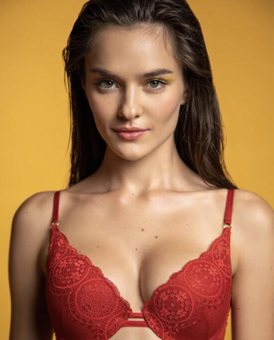 Gorgeous Snizhana @snizhana_lebid for @jasmine_lingerie